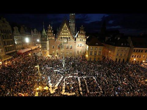 Νομοσχέδιο προκαλεί κοινωνικό αναβρασμό στην Πολωνία