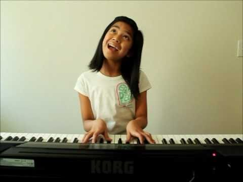 Maria, 10 ans, reprend Born This Way de Lady Gaga
