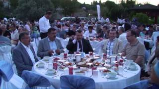 Zeytinburnu Belediyesi Engeli ve Ailelerine Sur Restorantaİftar Verdi