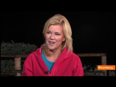 nasdaq - Aug. 23 (Bloomberg) -- Meredith Whitney, chief executive officer of Meredith Whitney Advisory Group, talks about yesterday's shutdown of the Nasdaq Stock Mar...