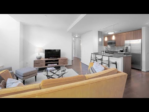 Tour the furnished guest suite at River North's Hubbard Place apartments