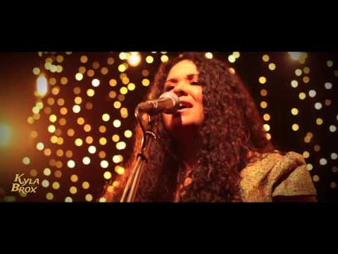 Kyla Brox Beautiful Day (official video)