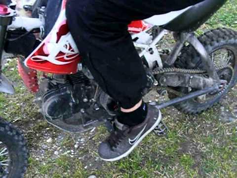 comment poser un u sur une moto