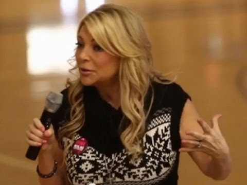 Ex Porn Star Presents The Truth About Pornography to Students at Christian High School