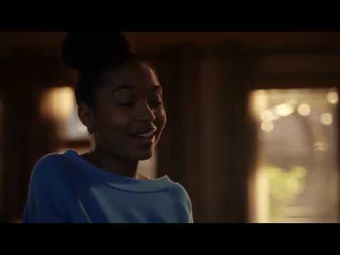 Grownish   Season 3 Episode 2   Zoey reaction to Nomi
