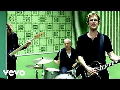 Tekst piosenki Semisonic - Closing time po polsku