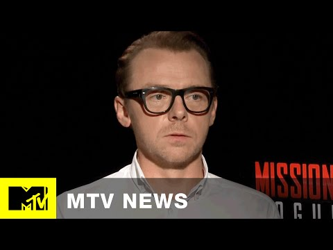 Simon Pegg Ranks All Six 'Star Wars' Movies In Under A Minute.