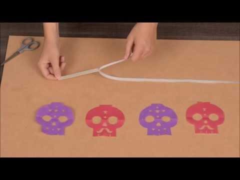 Decoração Halloween DIY : Grinalda com caveiras de papel coloridas