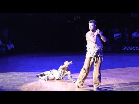 Denis Kikhtenko - Galina Akopian RUS | GOC PD Professional Latin Show (видео)