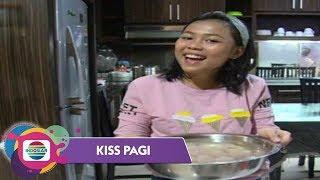 Video Selfi Memasak Makanan Khas Kampung Halaman - Kiss Pagi MP3, 3GP, MP4, WEBM, AVI, FLV Januari 2019