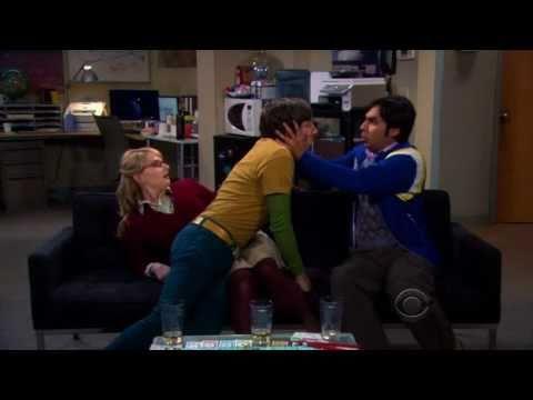 The Big Bang Theory's Gay Kiss (Raj & Howard)