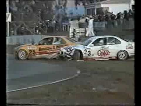 Longhurst and Morris BMW Drivers Fighting After Accident at Winton