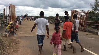 Ebola Outbreak - Liberia Re-opens Land Border