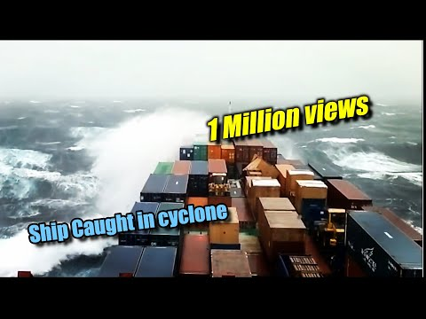 Video Ship caught in cyclone on Indian Ocean download in MP3, 3GP, MP4, WEBM, AVI, FLV January 2017