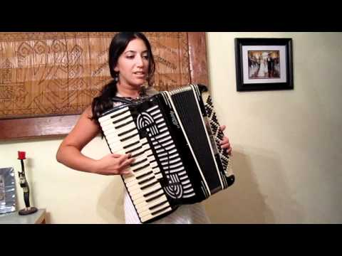La valse d'amelie on accordion