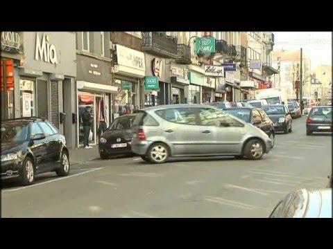 Les plaies du parking en double file rue Marie-Christine à Laeken