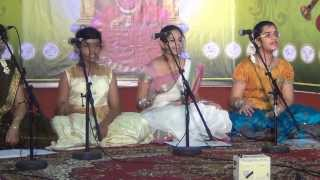 Nee Iranga Enil Pugalethu Ambal Song By Kamakshi School Of Music At Mariamman Temple,Singapore