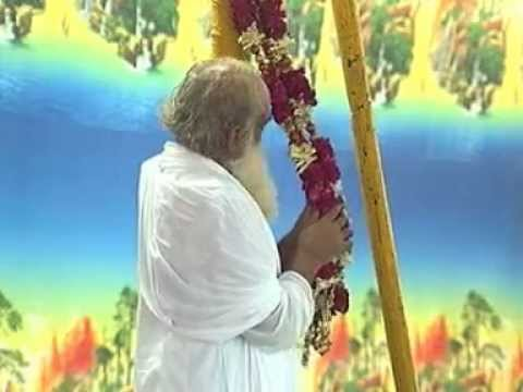 Video Pujya Bapuji Leela with Shri Sureshanandji Bhajans download in MP3, 3GP, MP4, WEBM, AVI, FLV January 2017