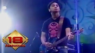 Video Ungu - Demi Waktu (Live Konser Solo 18 September 2006) MP3, 3GP, MP4, WEBM, AVI, FLV Mei 2018