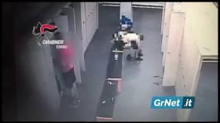 Torino: ladro seriale in palestra incastrato dalle telecamere. L'arresto in diretta