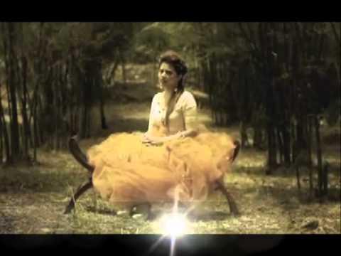 Alyah-Kisah Hati (MV with Lyrics)