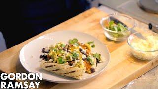 Video Gordon Ramsay's Huevos Rancheros Recipe MP3, 3GP, MP4, WEBM, AVI, FLV Juni 2018