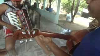 João Na Represa , Tocando Sanfona E Tocando Violão