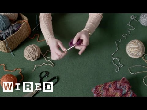 Talented Speed Crocheter Crafts a Yarn Flower In a Remarkable 90