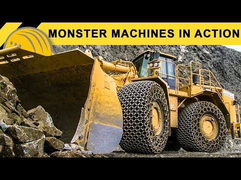 Monster Machines in Action - Giant XXL Heavy Equipment Demoshow - Bauforum24 Steinexpo Report