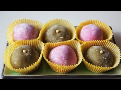 Japanese Recipe: How to make Chapssalddeok, Rice Cake Balls with Bean Paste Filling – Korean Style Mochi