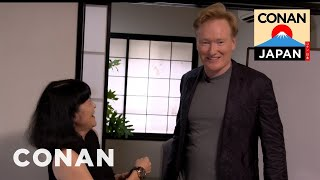 Video Conan's Japanese Etiquette Lesson MP3, 3GP, MP4, WEBM, AVI, FLV Februari 2019
