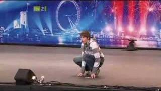 Gollum Impression on Britain's Got Talent 2008. (Smeagol / Andrew Swallow)