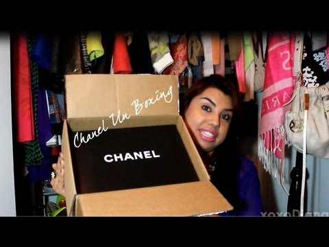 The Neon Factor :: Chanel UnBoxing