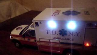1:18 FDNY AMBULANCE FORD F-550 CUSTOM MADE