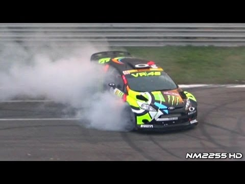 Valentino Rossi BURNOUT Ford Fiesta WRC - Monza Rally Show 2012