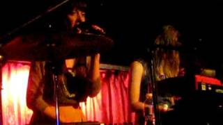 Au Revoir Simone - Sad Song (Live)