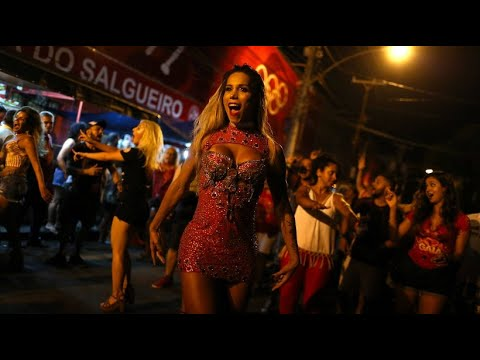 Bunter Karneval: Erster Transgender-Samba-Star in Rio
