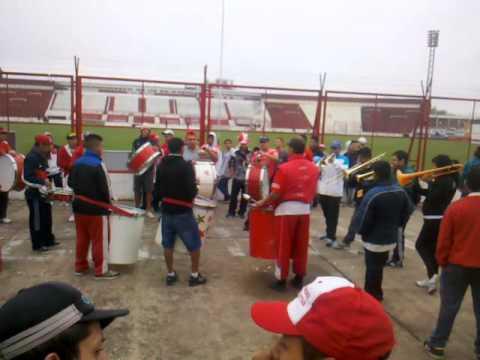 Las trompetas y los bombos de La Descontrolada! - La Banda Descontrolada - Los Andes - Argentina - América del Sur