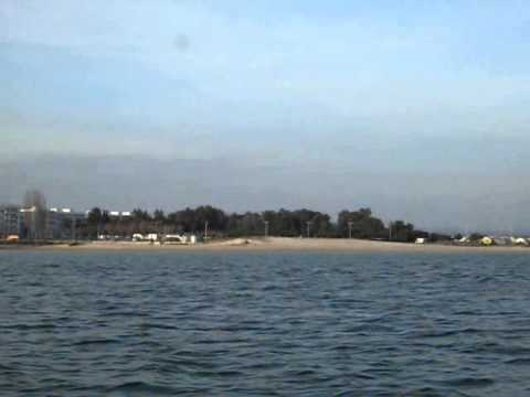Fuseta vista da Ilha da Armona pelo canal da Ria Formosa