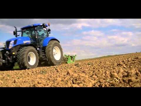 Uprawa pod QQ 2014 / New Holland & Amazone (видео)