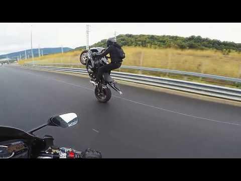 В Сочи мотоциклистка сняла свою аварию на скорости 180 км/ч