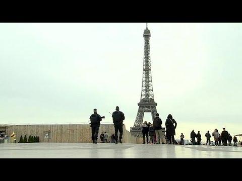 Γαλλία: οι τρομοκρατικές επιθέσεις «χτύπησαν» τις υπηρεσίες – economy