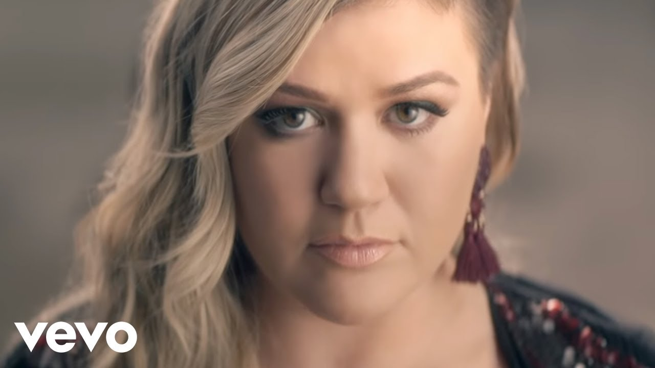 Kelly Clarkson – Invincible #Música