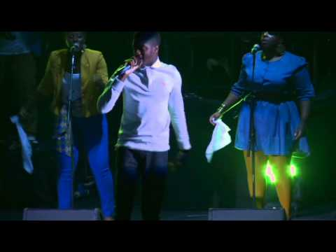 Muyiwa ft Victizzle & Guvna B -  iSing:God of Miracles (Live at the Apollo) thumbnail