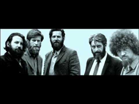 Tekst piosenki The Dubliners - Navy Boots po polsku