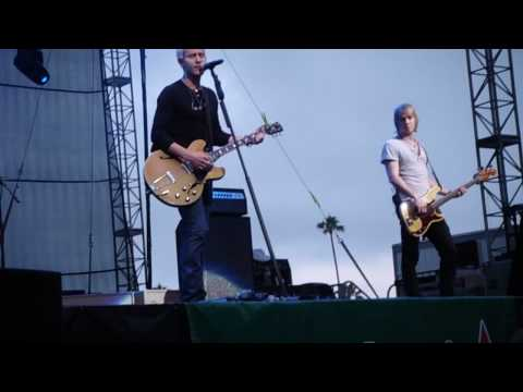 Video Lifehouse - Blind (Live) download in MP3, 3GP, MP4, WEBM, AVI, FLV January 2017