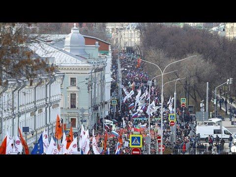 Russland: Gedenken an Boris Nemzow, Tausende fordern »Russland ohne Putin«