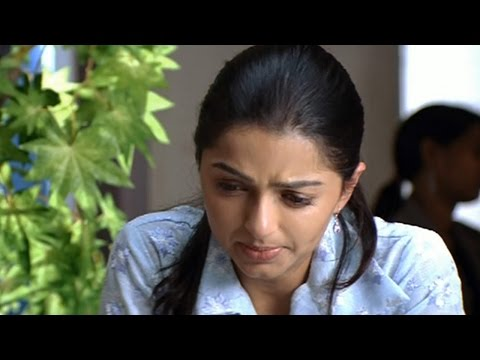 Jai Chiranjeeva Movie || Bhumika Chawla Decided To Getting Revenge On Villains Gang
