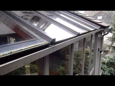 Home Inspector Seattle WA Finds Rotted Sunroom Windows | (425) 207-3688 | CALL US!