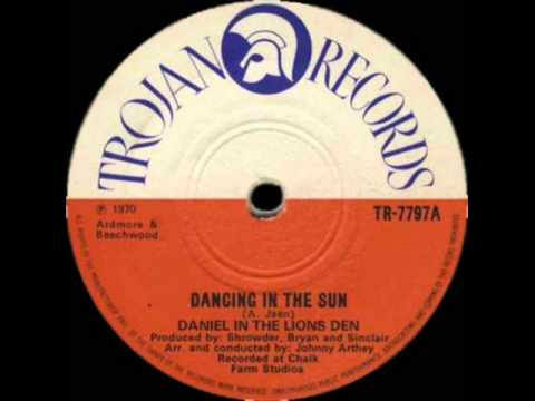 Dancing In The Sun - Daniel In The Lions Den (Trojan Records)